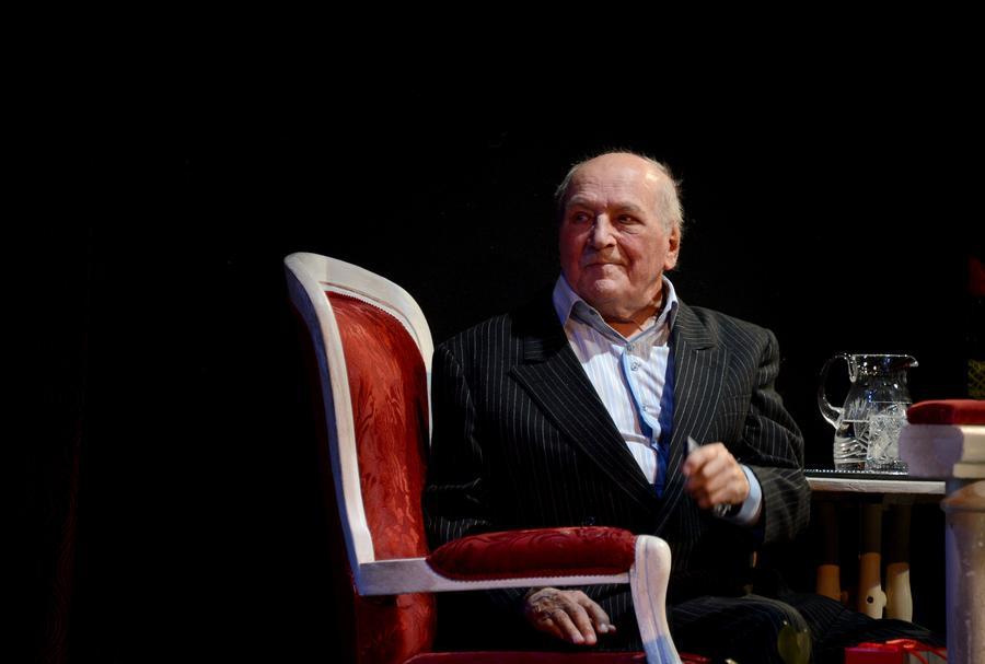 В Москве ушёл из жизни актёр театра и кино Лев Дуров