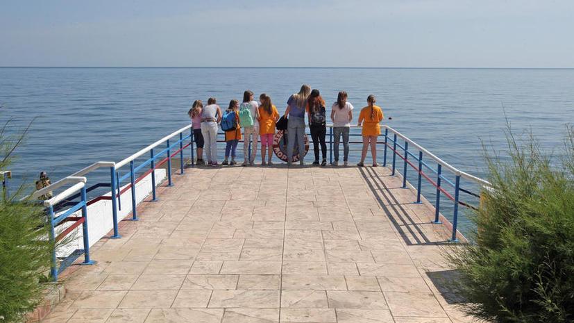 СМИ: Школьники во время каникул смогут посещать занятия в техникумах и вузах