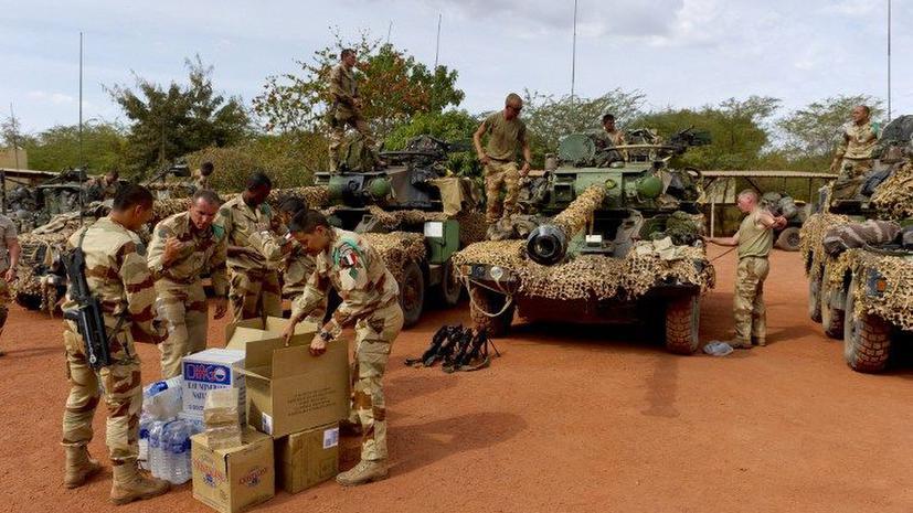 Обама поддержал военную операцию французов в Мали