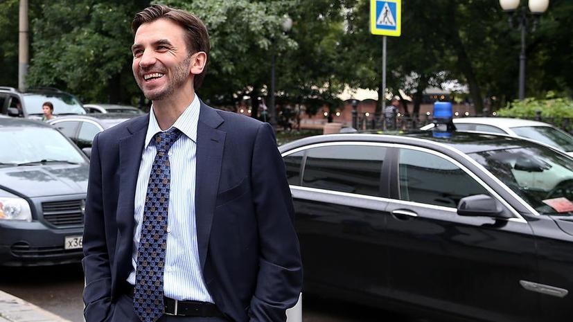 Министр предложил отказать российским чиновникам в персональных машинах