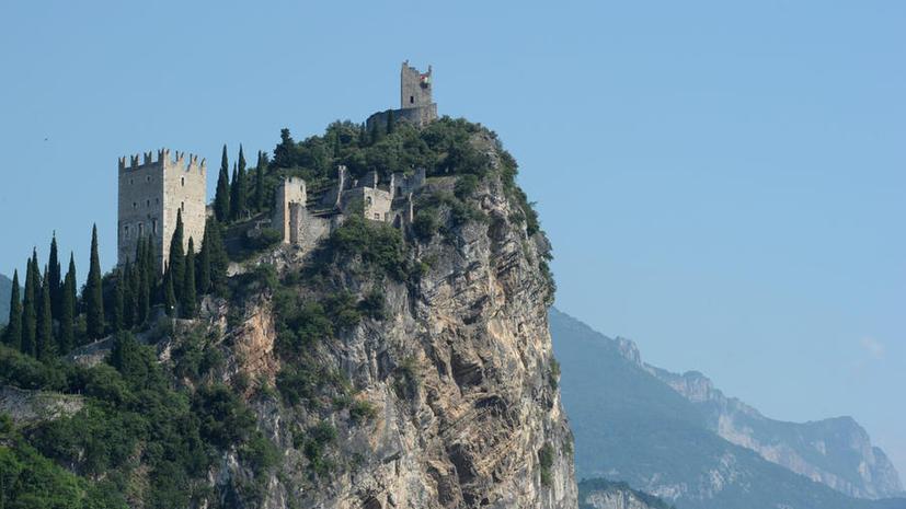 СМИ: Россияне массово скупают замки и виллы в Италии