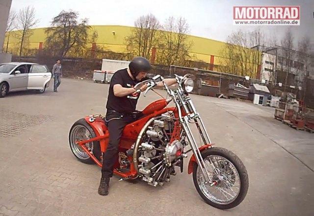 Байкер из Германии придал своему мотоциклу ускорение самолёта