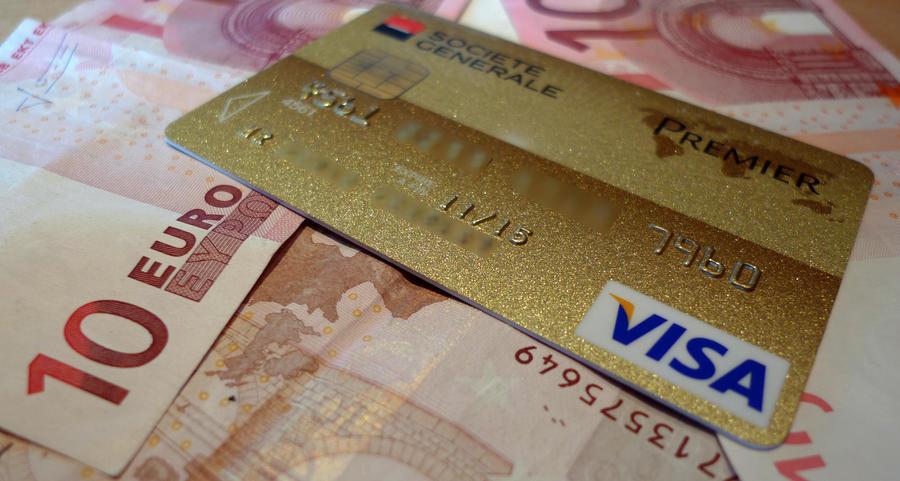 В новых банковских картах обнаружена уязвимость, позволяющая украсть до $1 млн, просто стоя рядом