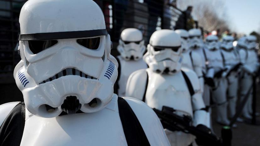 «Звездные войны-VII» выйдут в 2015 году