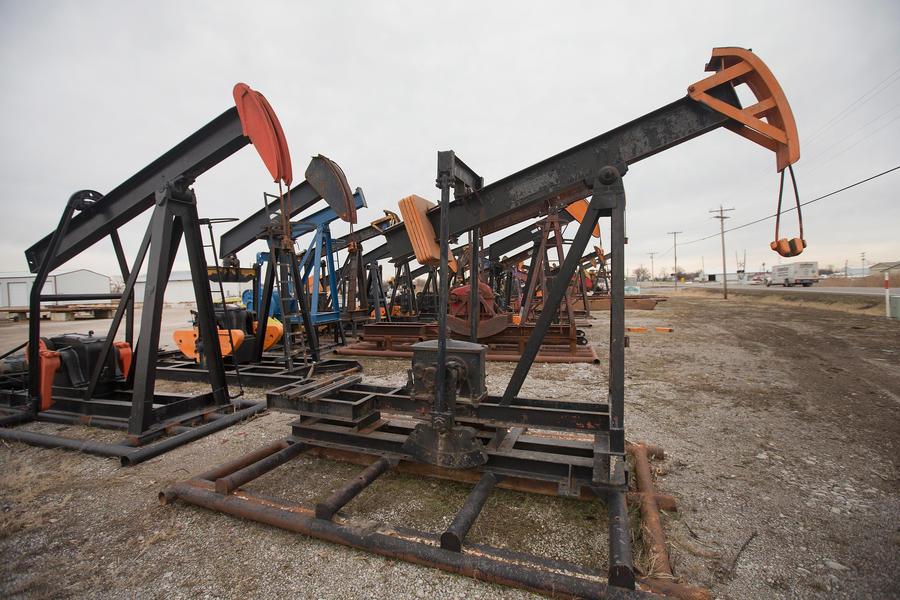 Агентство Moody's прогнозирует рост цен на нефть со второй половины 2015 года