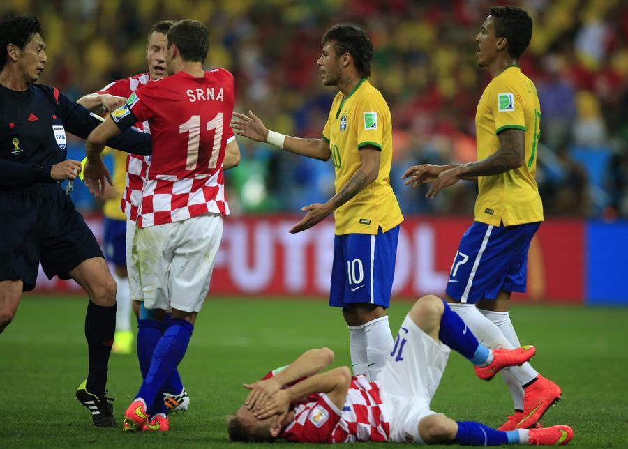 Итоги первого матча чемпионата мира по футболу – 2014: сборная Бразилии победила Хорватию со счётом 3:1