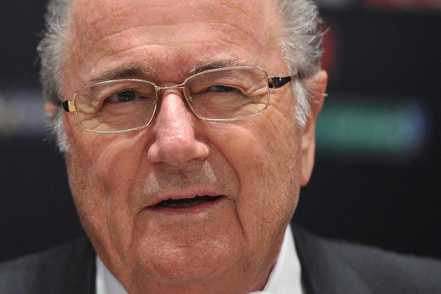 Глава ФИФА: политика и экономика повлияли на выбор Катара как хозяина ЧМ-2022