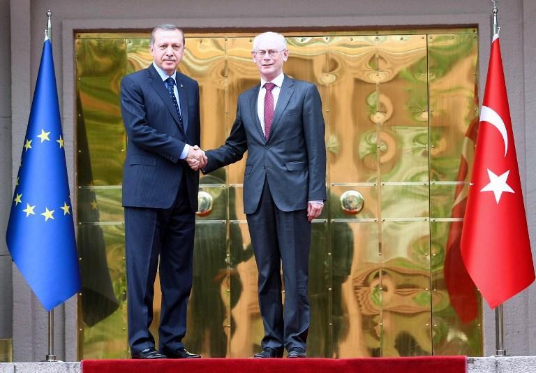 Турецкий политик: страна может никогда не стать членом ЕС