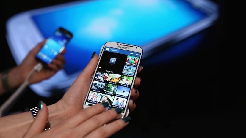Компактный и защищенный: Samsung выпустит Galaxy S4 в двух дополнительных вариантах