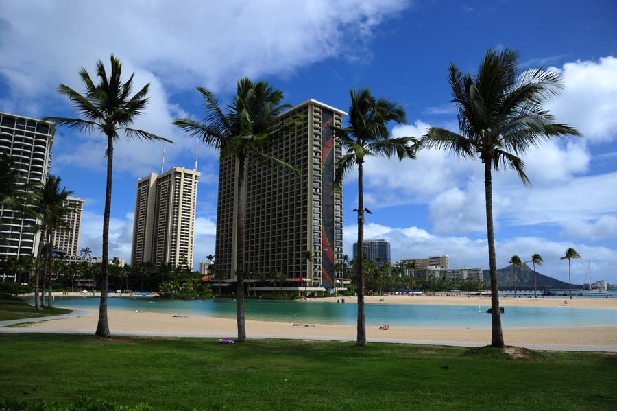 Законодатели Гавайев откупятся от бездомных билетом в один конец