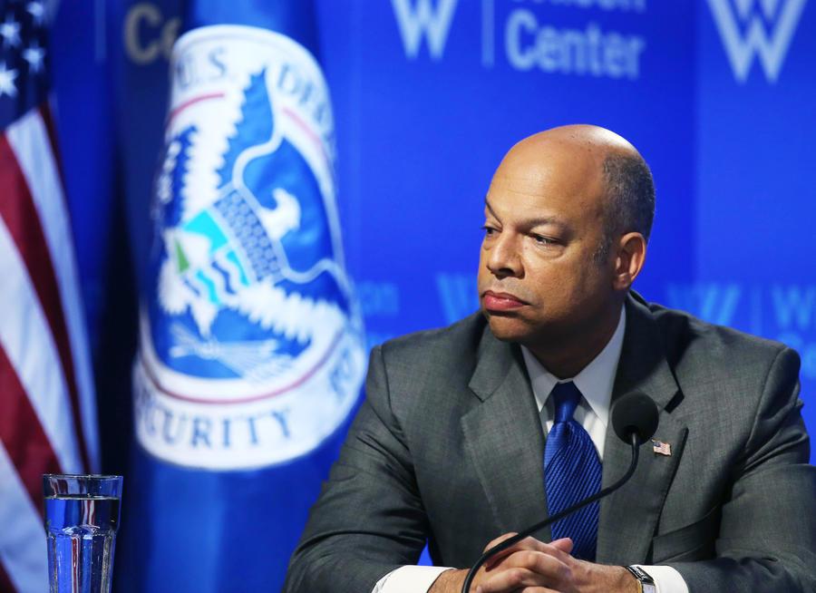 Власти США смягчают правила въезда для тех, кто оказывал «ограниченную материальную поддержку» террористам