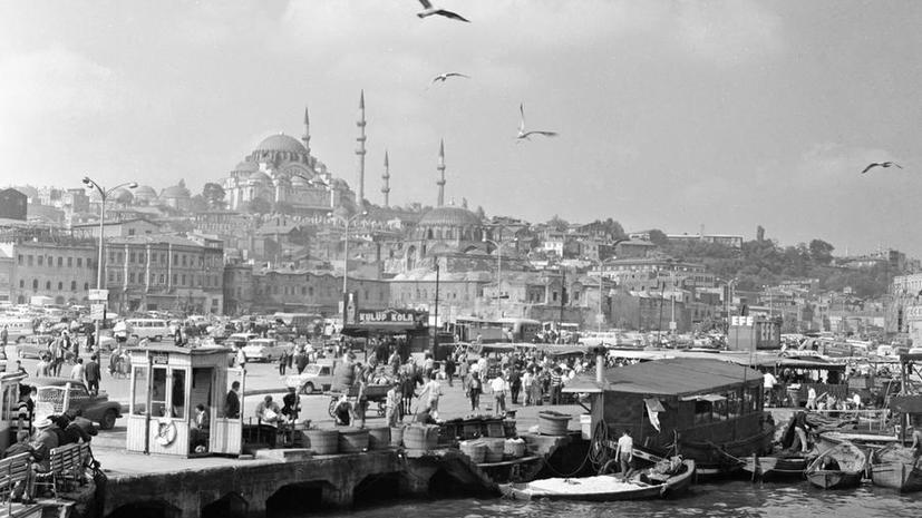 От Константинополя до Стамбула: что скрывается за переименованием столицы двух империй
