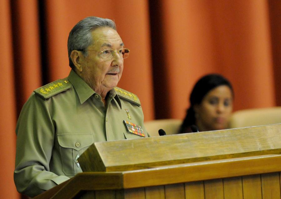 Рауль Кастро отругал свой народ за падение нравов