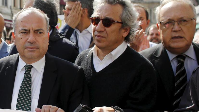 Турецкая прокуратура потребовала пожизненного заключения для критиковавших Эрдогана журналистов