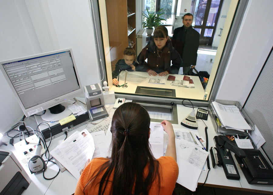 Санкции Евросоюза не угрожают рядовым российским гражданам