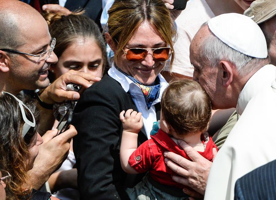 Папа Франциск откажется от «папамобиля» в Бразилии, чтобы быть ближе к народу