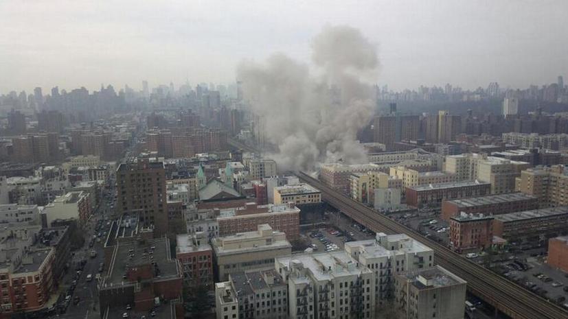 Взрыв двух жилых домов в Нью-Йорке - первые фото с места события