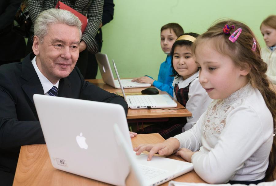 Московским школьникам будут вручать медаль «За успехи в учёбе»