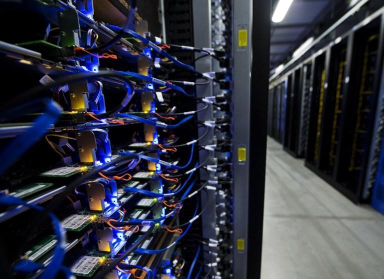 Google, Facebook и Microsoft утверждают, что не сотрудничают с АНБ