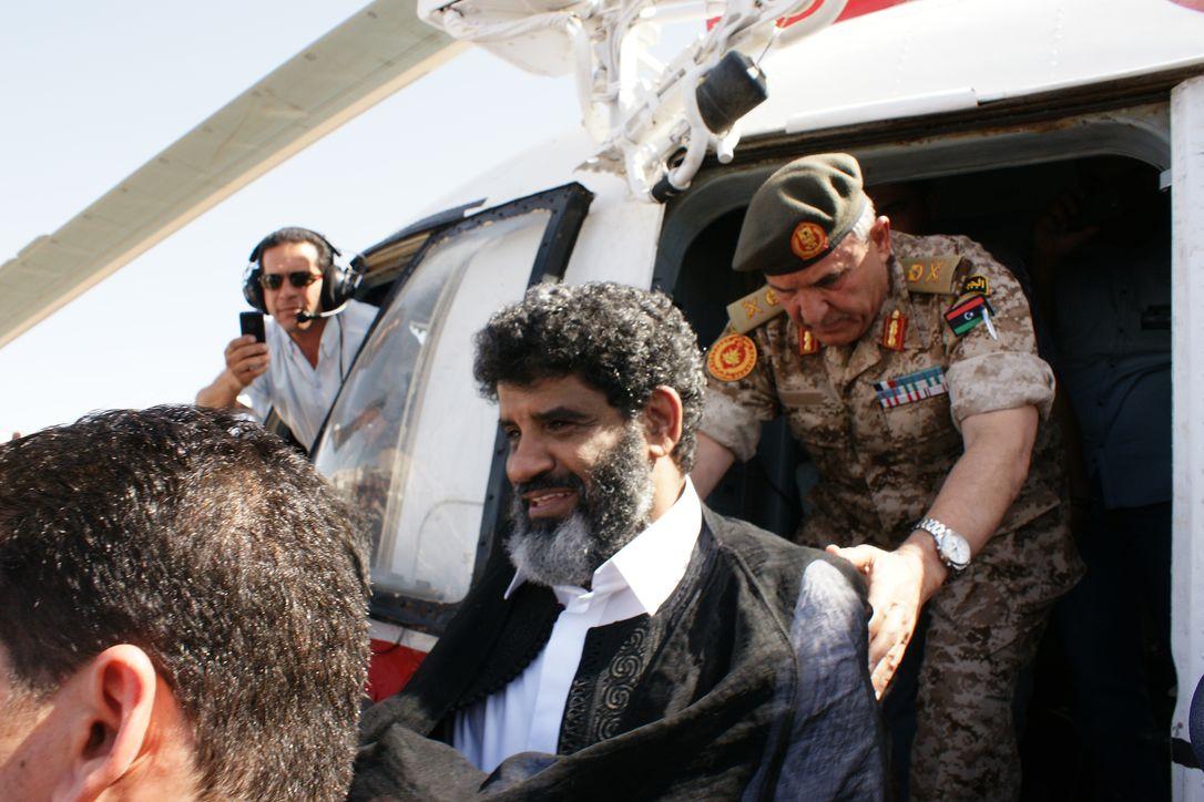 Гаагский трибунал потребовал от Ливии выдать главного разведчика Каддафи