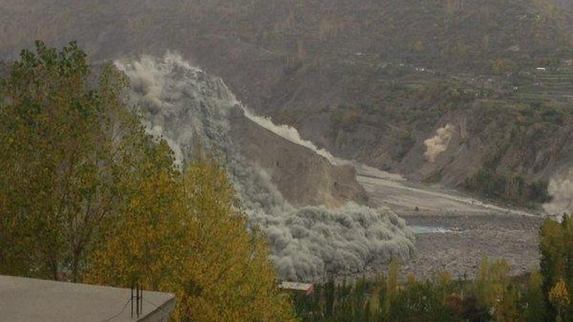 Мощное землетрясение в Южной Азии: десятки погибших в Афганистане и Пакистане