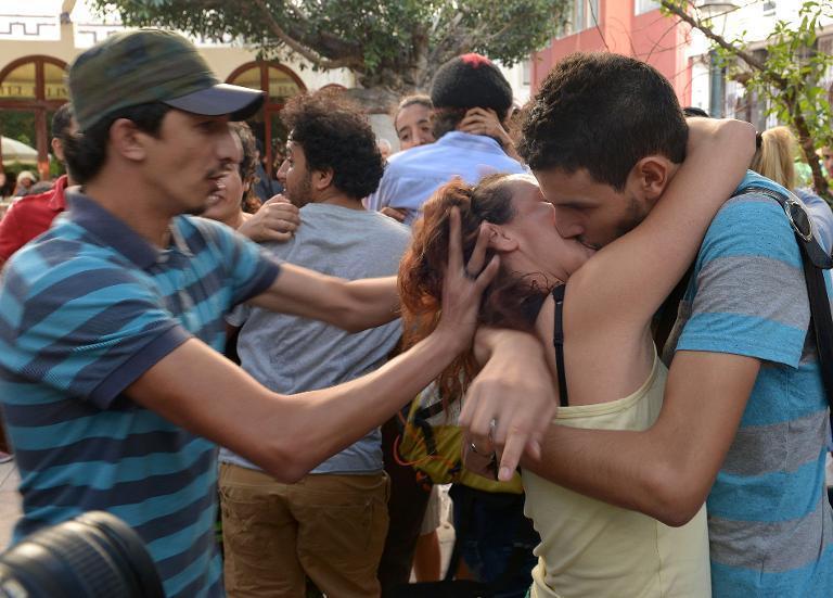 В Марокко прошёл «митинг поцелуев» в поддержку арестованных подростков