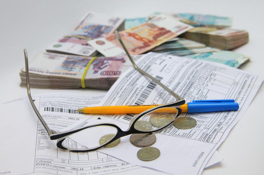 Должникам по ЖКХ и по автомобильным штрафам могут отказать в выдаче кредитов