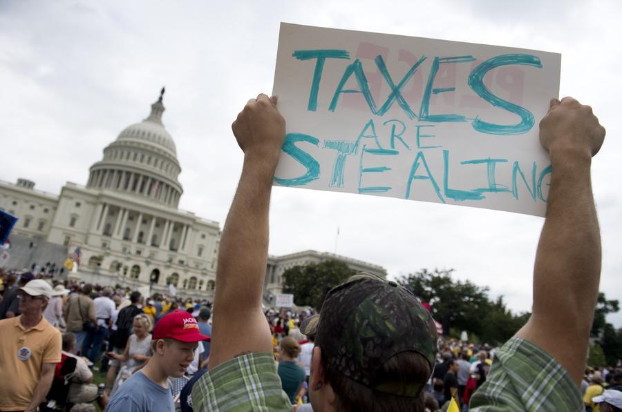 Налоговый инспектор в США заключал сомнительные контракты со своим другом на полмиллиарда