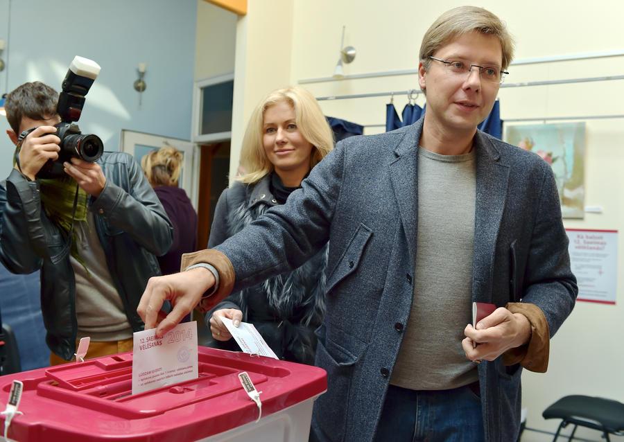 На парламентских выборах в Латвии лидирует пророссийская партия