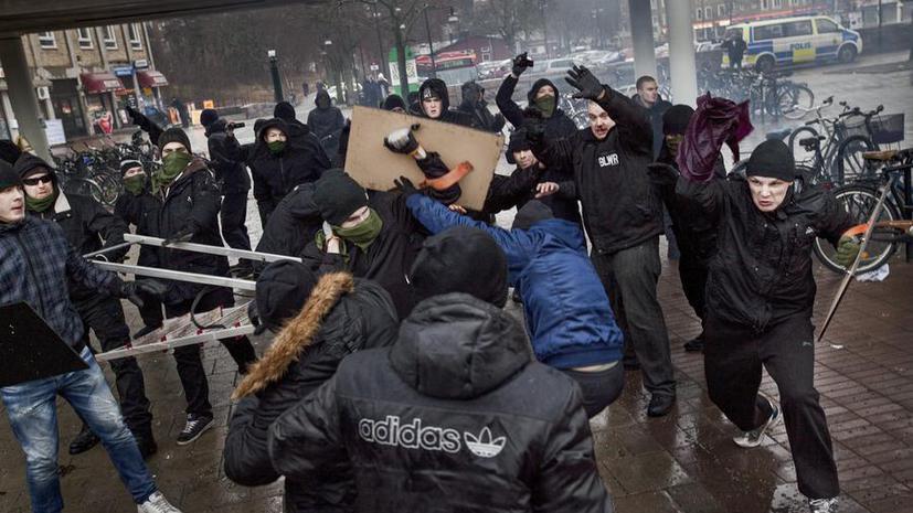 Неонацисты сорвали антирасистскую демонстрацию в Швеции