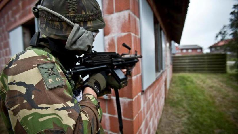 СМИ: Нехватка боеприпасов вынуждает голландских солдат на учениях имитировать звуки выстрелов