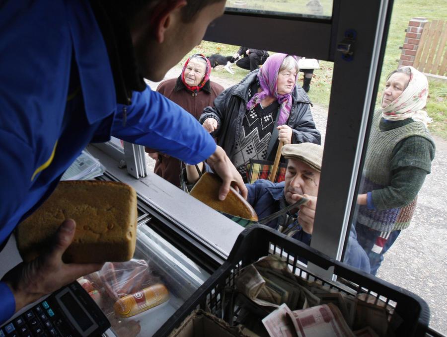 Правительство РФ выступило против продажи алкоголя в автолавках