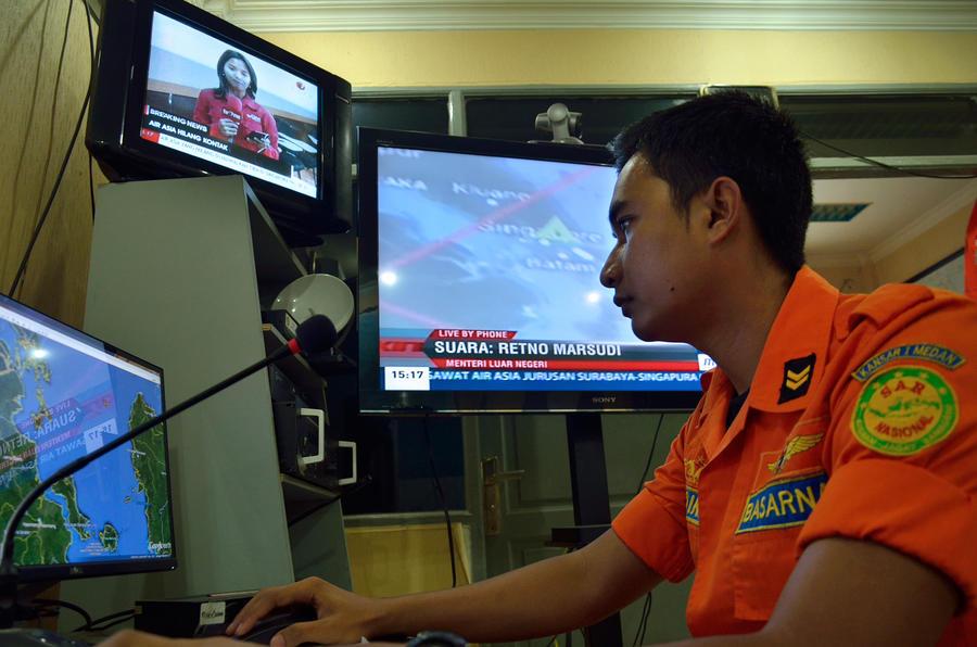Индонезия возглавила операцию по поиску пропавшего самолёта AirAsia