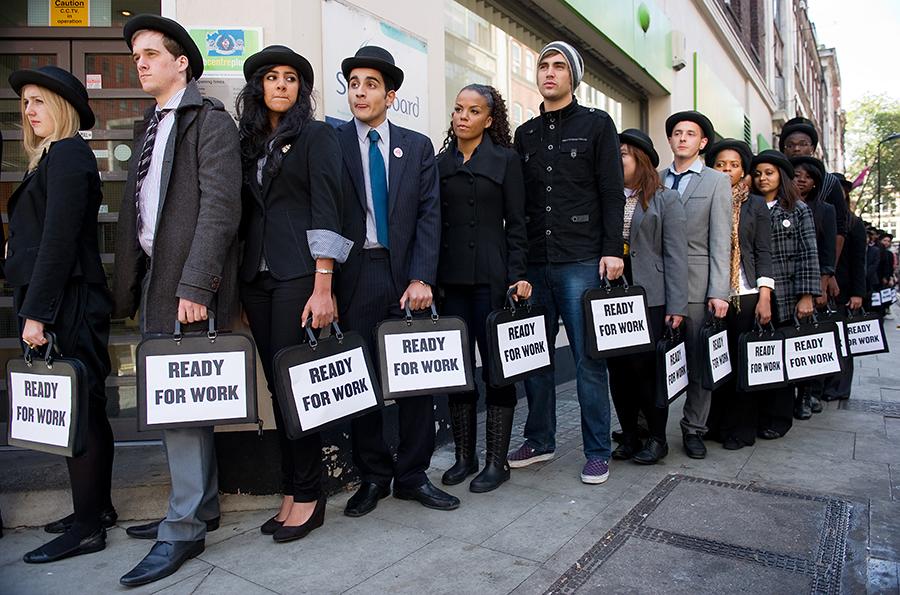Образованные британцы не хотят работать на родине