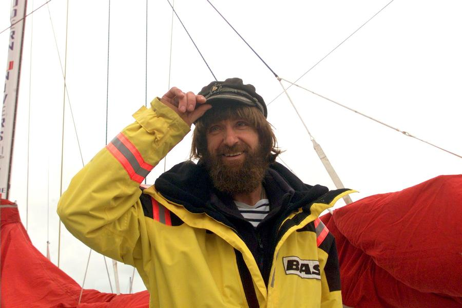 Ветра и течения уносят лодку Фёдора Конюхова к берегам Французской Полинезии