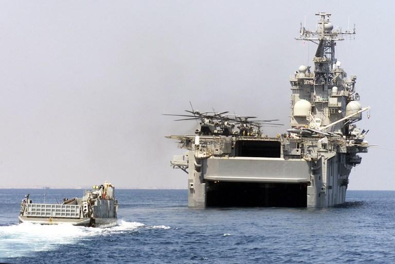 Десантный корабль ВМС США прибыл в Средиземное море