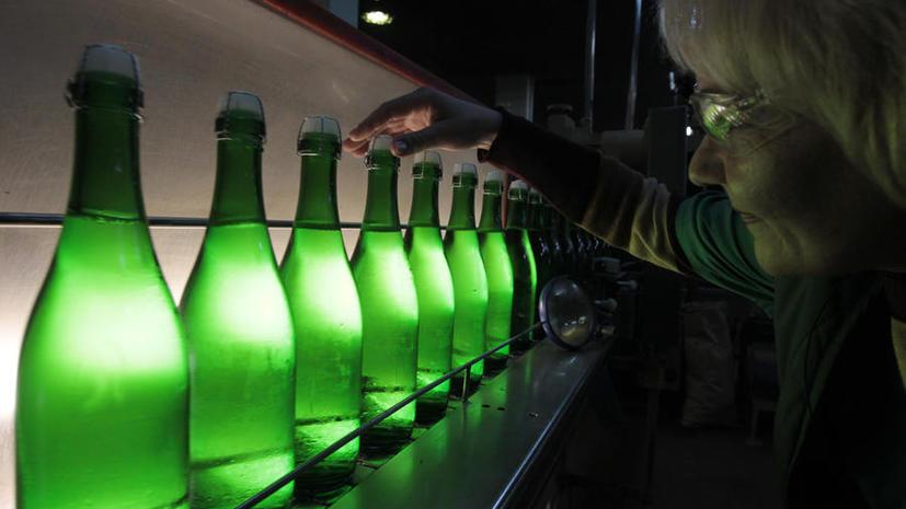Рекламу алкоголя на борту самолётов запретили