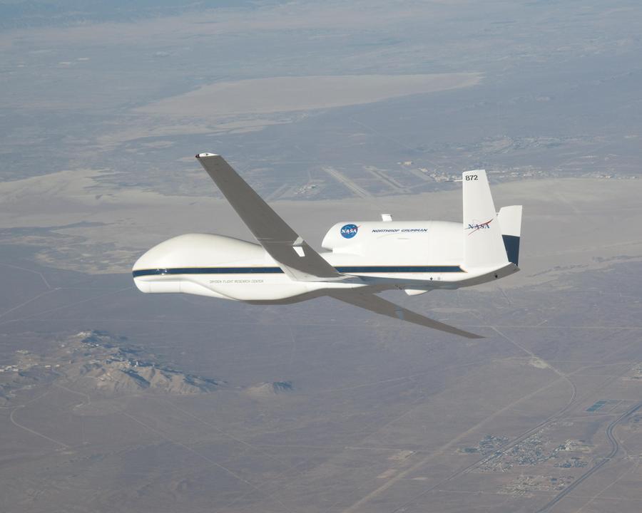 НАСА раскроет секреты  ураганов с помощью беспилотников