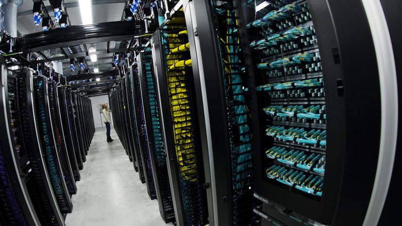 Спецслужбы США получили право на доступ к серверам по всему миру