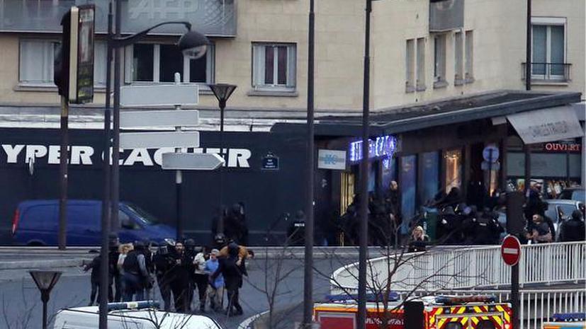 Подозреваемые в нападении на Charlie Hebdo убиты, четыре заложника погибли в магазине