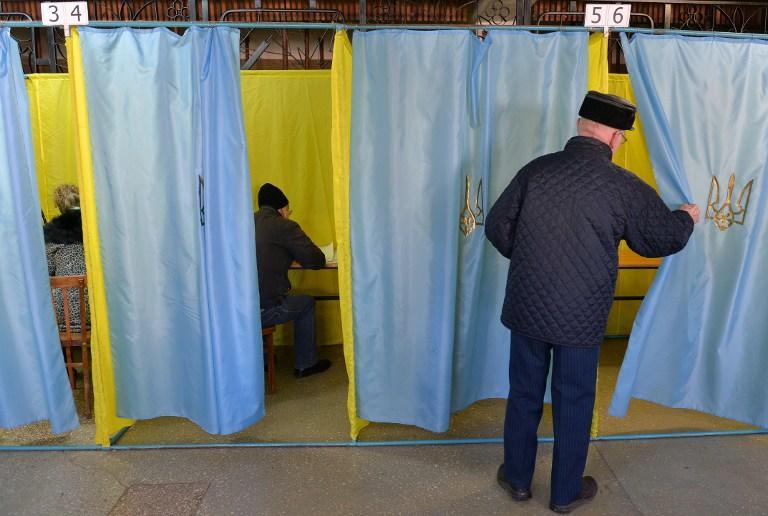 Выборы на Украине: Сторонники мира на юго-востоке проходят в Верховную раду