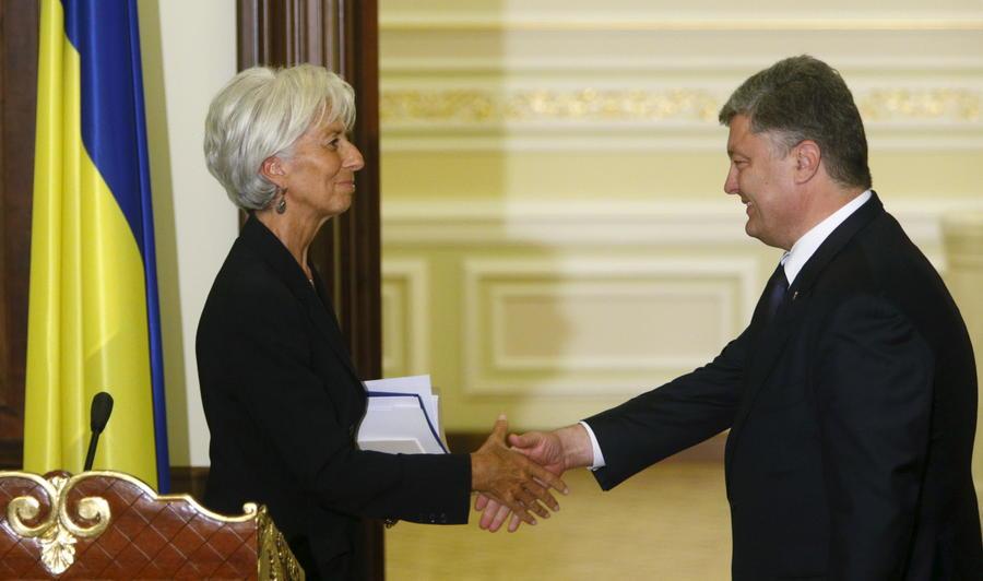 Немецкие СМИ: МВФ согласился изменить правила кредитования ради помощи Украине
