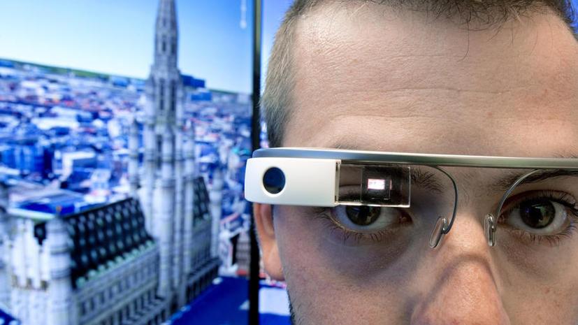 В США кафе и бары отказываются обслуживать клиентов, носящих Google glass