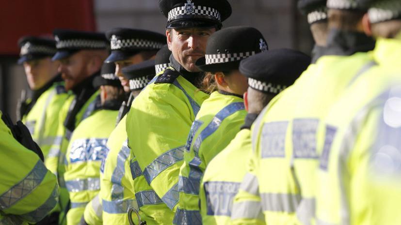 Британские полицейские использовали имена мертвых детей «для прикрытия»