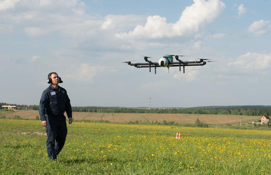 МЧС России будет закупать для своих нужд роботов и беспилотники