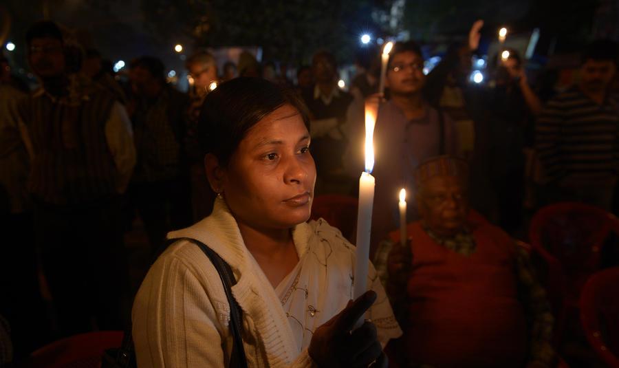Семья сожжённой заживо жительницы Индии обвиняет полицию в попытке «избавиться» от тела убитой