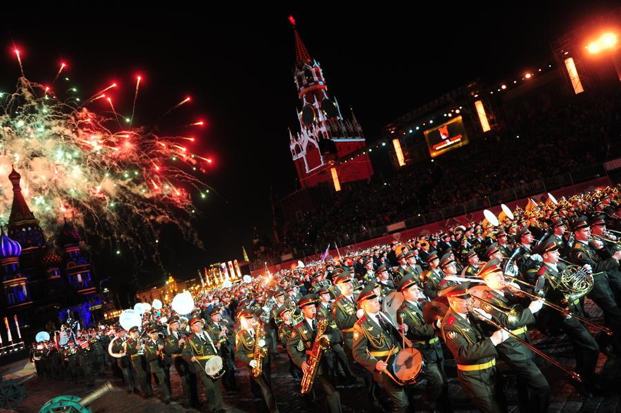 Открытие VIII Международного военно-музыкального фестиваля «Спасская башня» в фотографиях