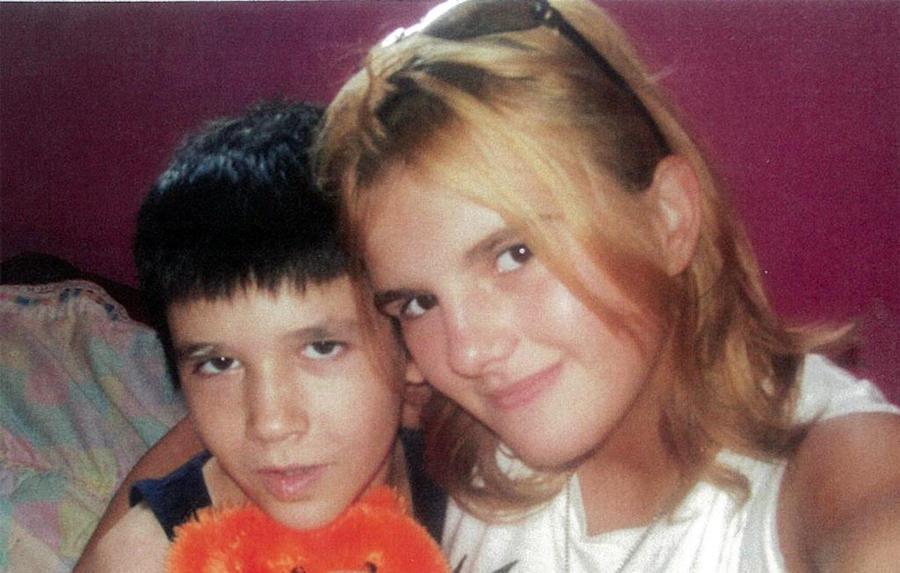 От российских сирот Климовых отказались их приёмные родители