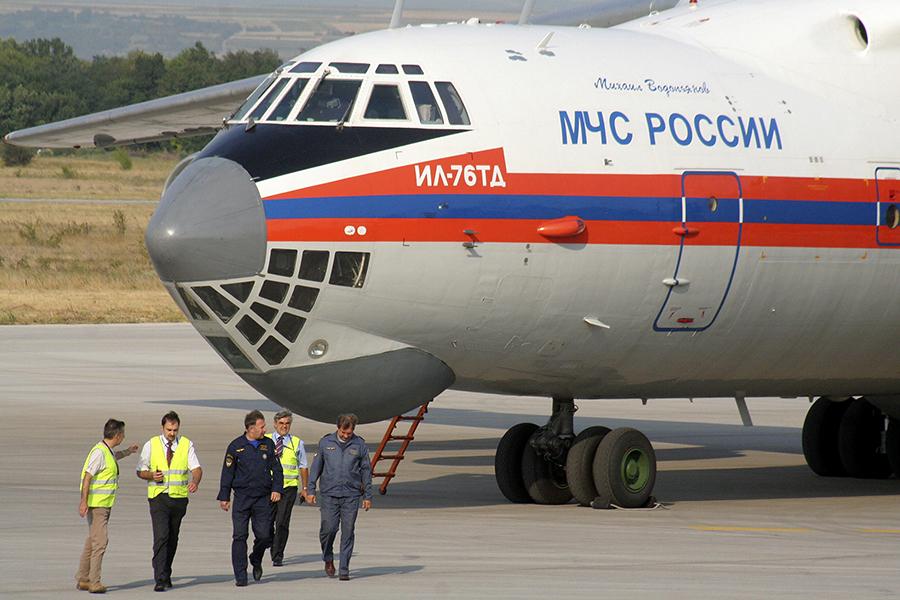 МЧС отправляет на Ближний Восток самолеты для эвакуации россиян из Сирии