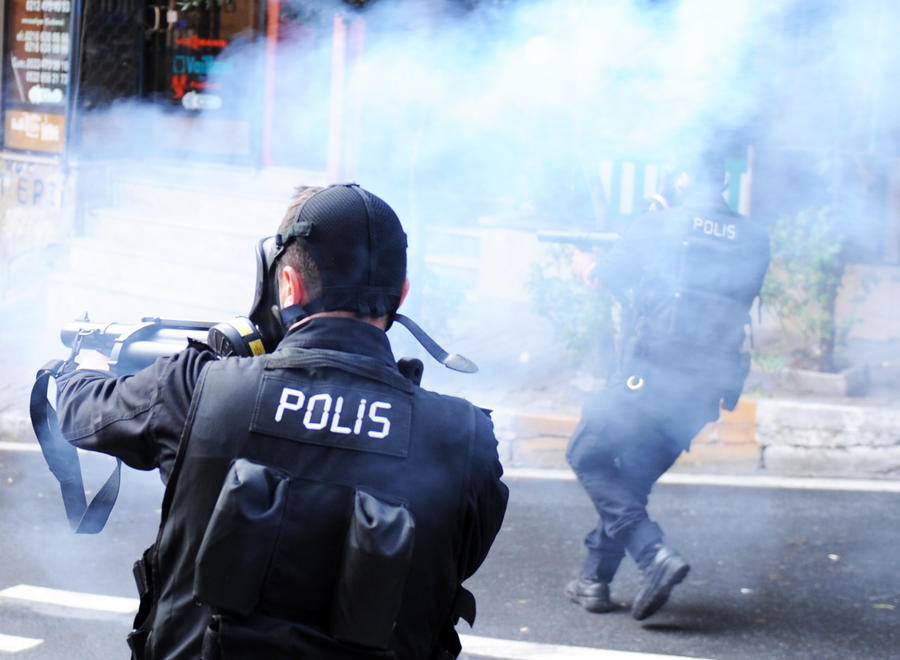 Спецслужбы Турции задержали курьеров, перевозивших в Сирию зарин